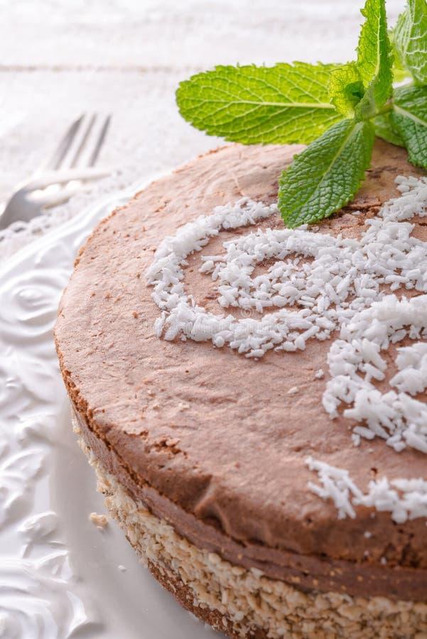 Download Шоколадные торты с завалкой гайки Стоковое Изображение - изображение насчитывающей украшать, питье: 40580703
