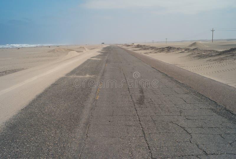 Шоссе лотка американское к югу от Nazca, Перу стоковые фотографии rf