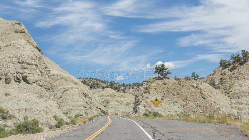 Шоссе 12 одна дорога Миллион-доллара от Больдэра к Escalant стоковое фото rf