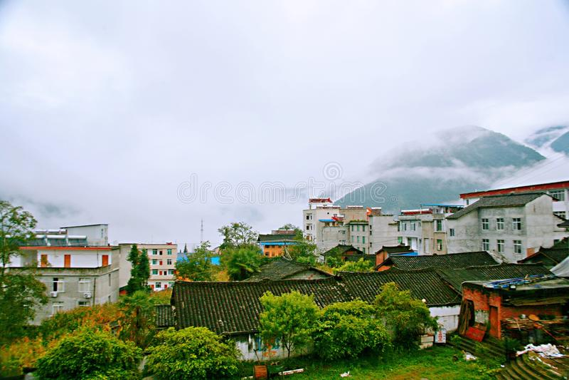 шоссе Сычуань-Тибета стоковое фото rf