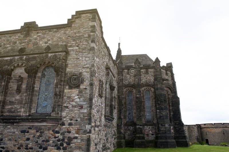 Шотландский национальный военный мемориал расквартированный в восстанавливанном блоке казармы в квадрате кроны, на замке Эдинбург стоковые изображения