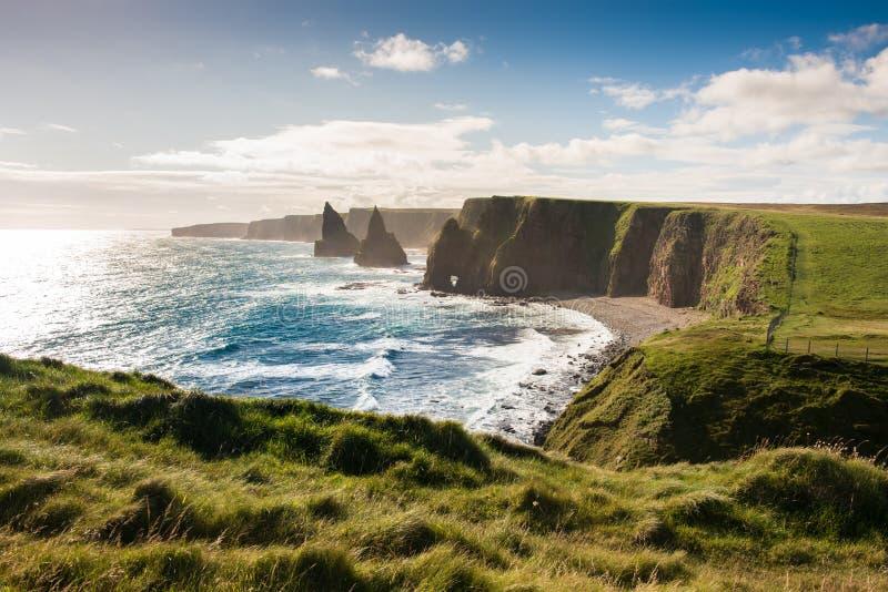 Штабелированные утесы, северная Шотландия стоковая фотография