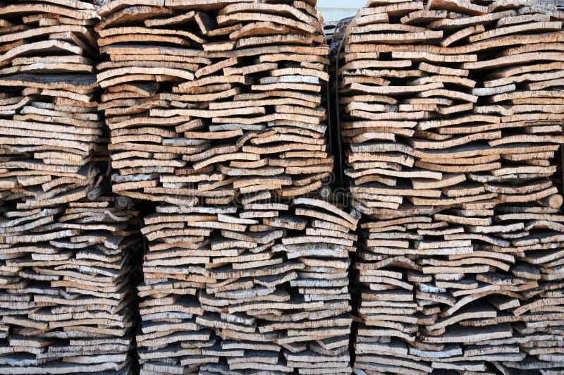 Штабелированная расшива дуба пробочки стоковые изображения