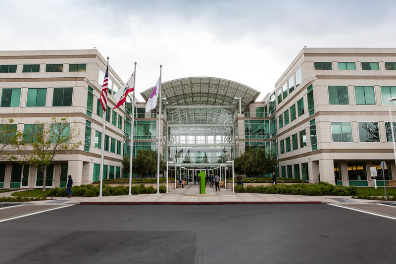 Штабы Яблока в Cupertino, Калифорнии стоковое фото