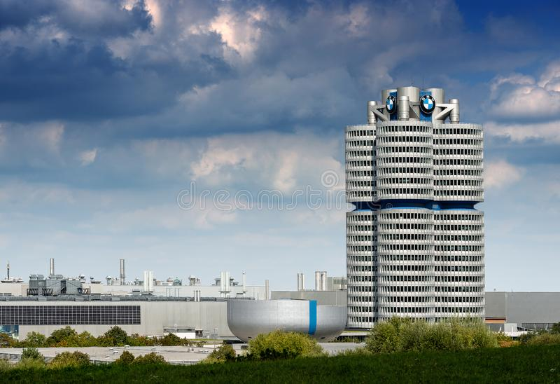 Штабы BMW в Мюнхене - Баварии Германии стоковое фото