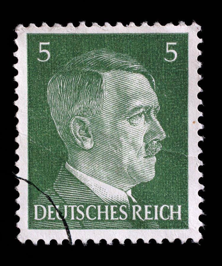 Штемпель напечатанный в изображении выставок Германии Адольфа Гитлера стоковое фото rf