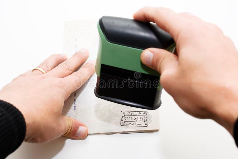 Штемпелевать пасспорт стоковое фото