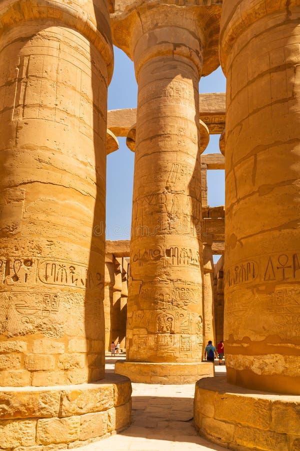 Штендеры большого Hypostyle Hall в виске Karnak стоковое изображение rf