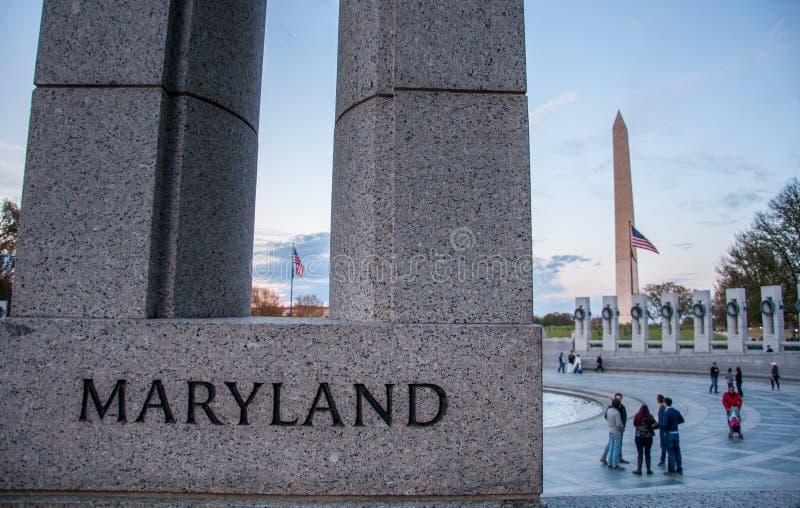 Штендер Мэриленда на мемориале Второй Мировой Войны стоковое фото