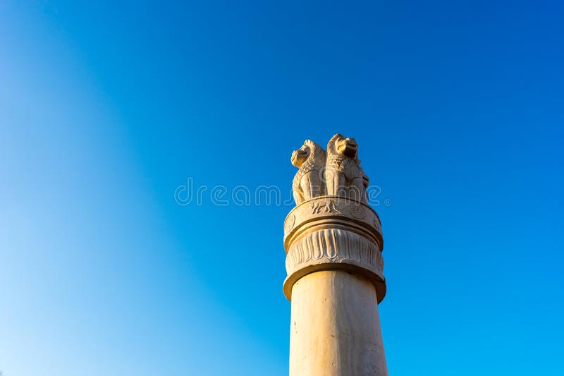 Штендер статуи льва стоковое фото