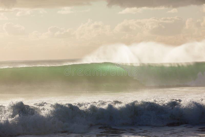 Штормы волн стоковая фотография