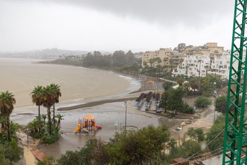 Штормы и flooding в Estepona стоковые изображения rf