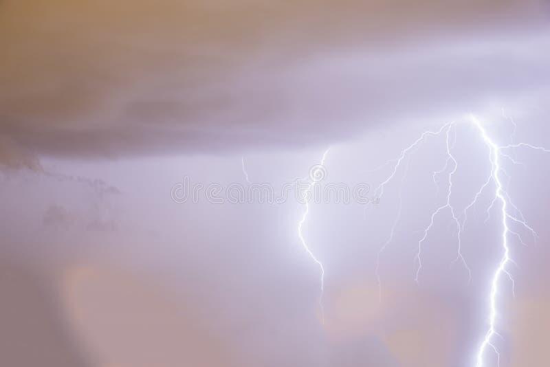 Шторм грома и молнии стоковое фото rf