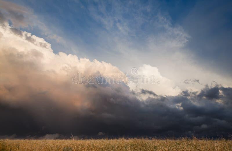 шторм ландшафта стоковое изображение rf