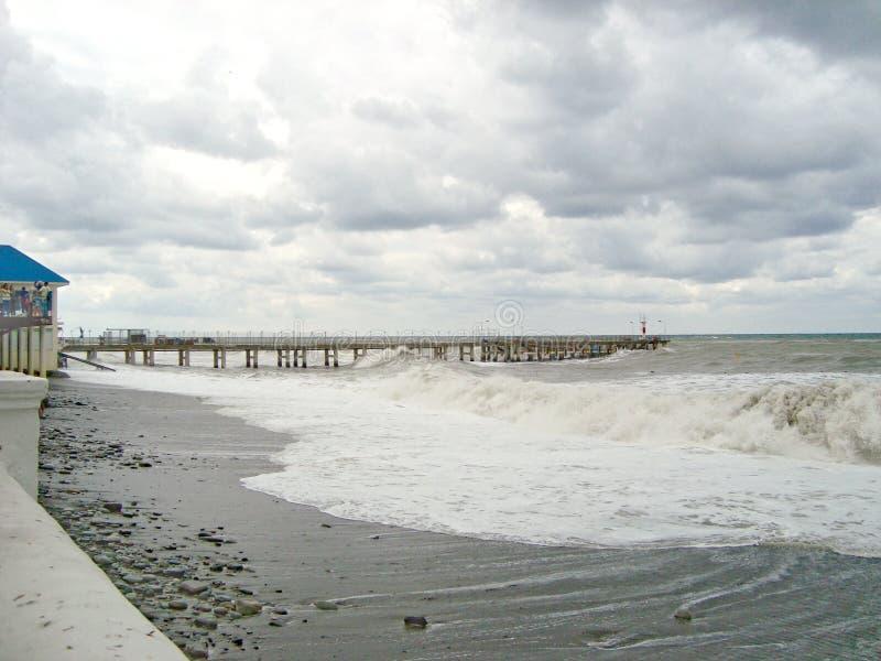 Шторм на Чёрном море стоковые изображения
