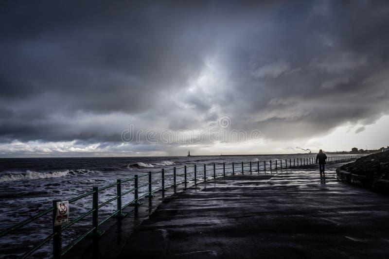 Шторм на Seaburn стоковое изображение rf