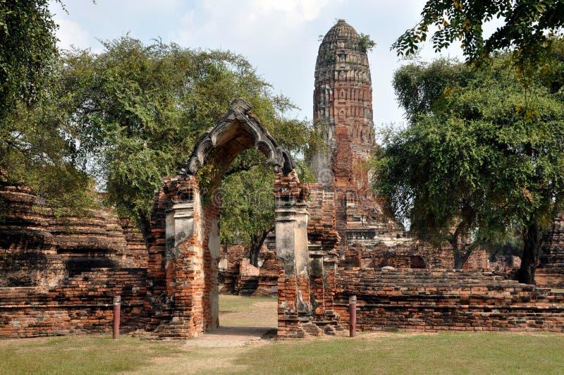 штоссель phra ayutthaya губит wat Таиланда стоковое фото