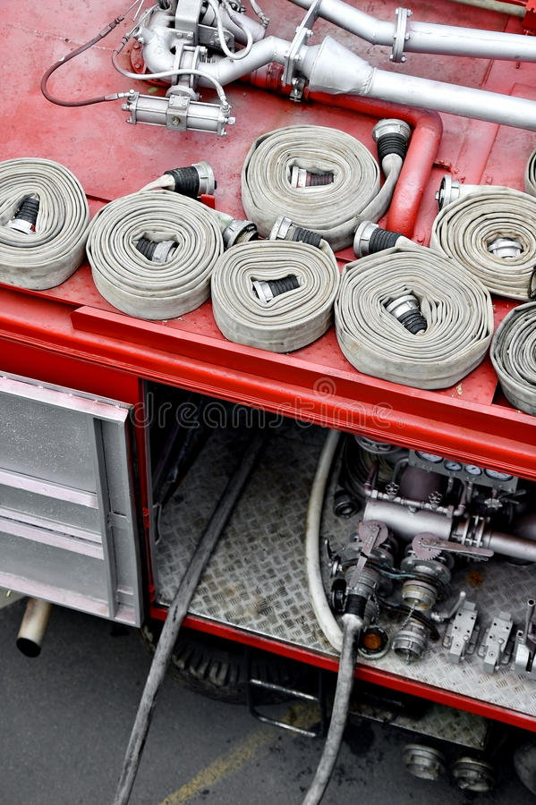 Шланги воды na górze корабля пожарного стоковая фотография rf