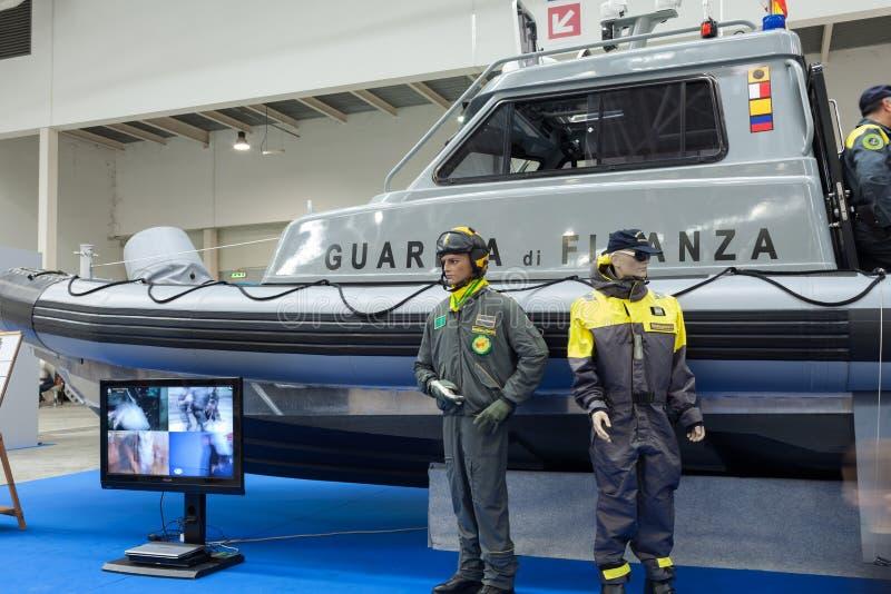 Download Шлюпка морского финансового предохранителя Редакционное Фото - изображение насчитывающей правительство, италия: 37925141