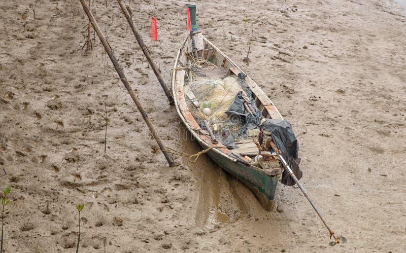 Шлюпка рыболова стоковое фото