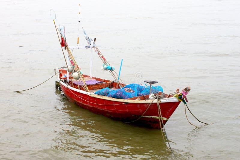 Шлюпка рыболовов стоковая фотография