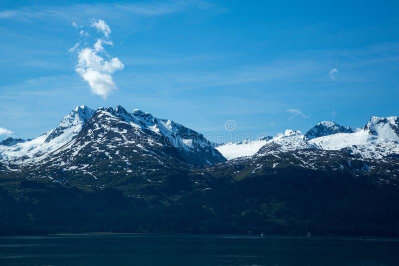 Шлюпки в Prince William Sound стоковые фотографии rf
