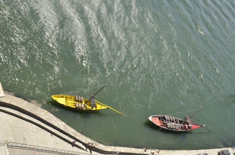 Шлюпки на реке Дуэро стоковая фотография