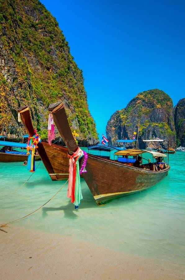 Шлюпки острова Phi-Phi стоковые фото