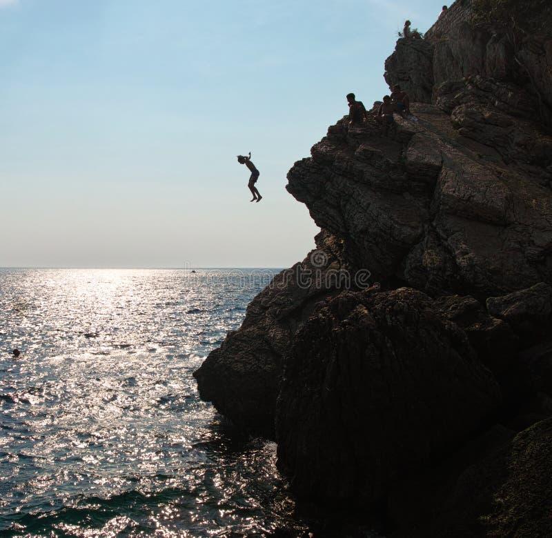 Шлямбуры скалы в Черногории стоковая фотография rf