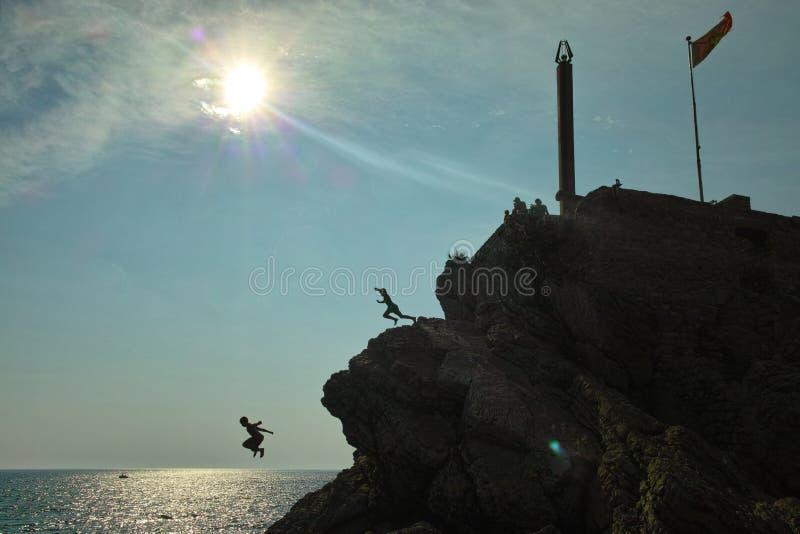 Шлямбуры скалы в Черногории стоковое фото rf