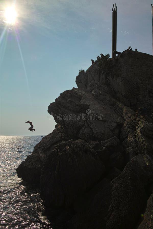 Шлямбуры скалы в Черногории стоковое изображение rf