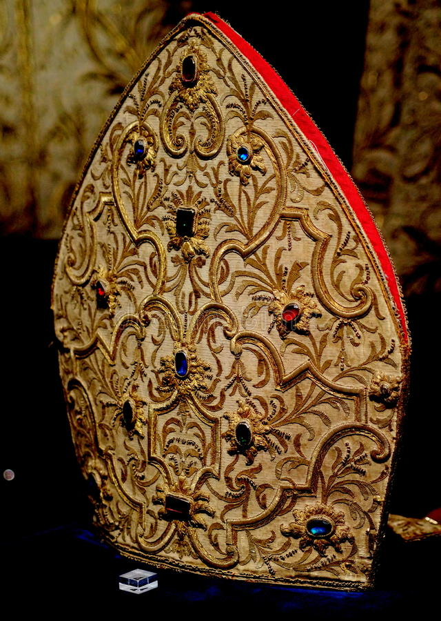 Шляпа епископа стоковая фотография rf