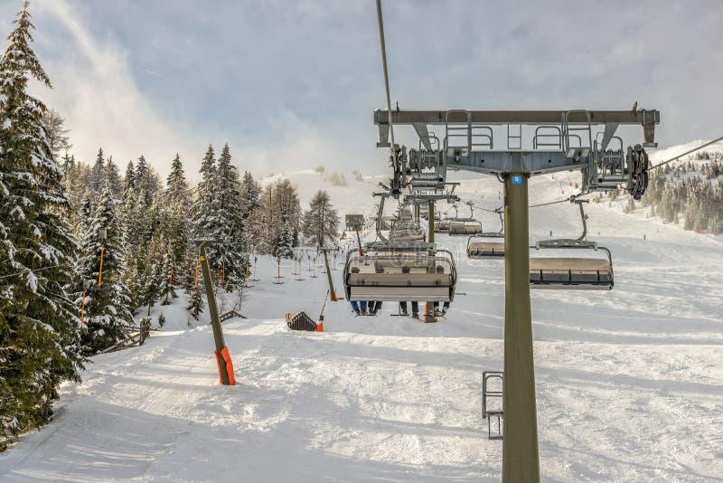 лыжа курорта chairlift стоковые фото