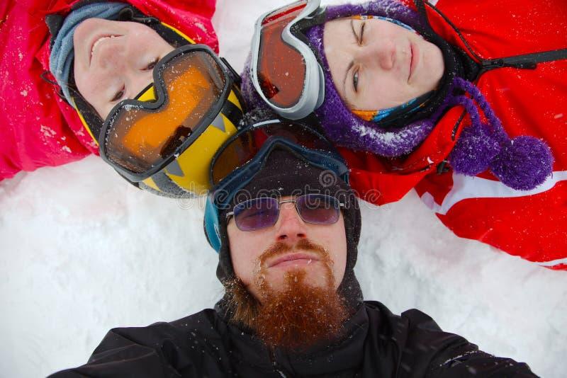 лыжники стоковое фото