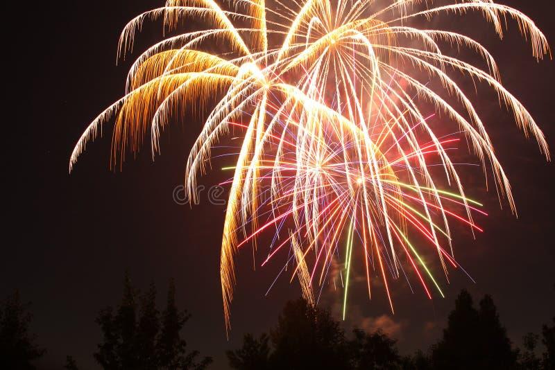 4-ый из фейерверков в июле в пункте орла, Орегоне стоковая фотография
