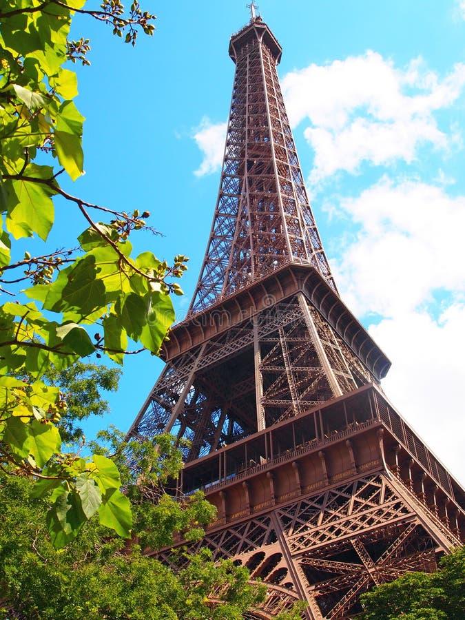 Эйфелева башня на прекрасном дне, Париж, Франция стоковое изображение