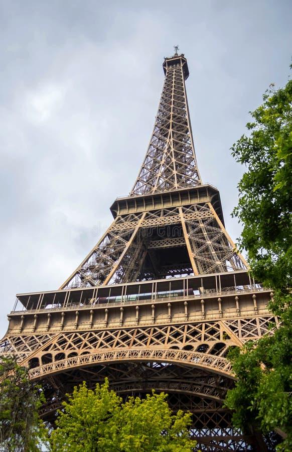 Эйфелева башня, Париж, Франция стоковые фотографии rf