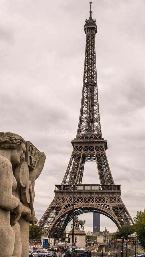 Эйфелеваа башня i стоковые изображения