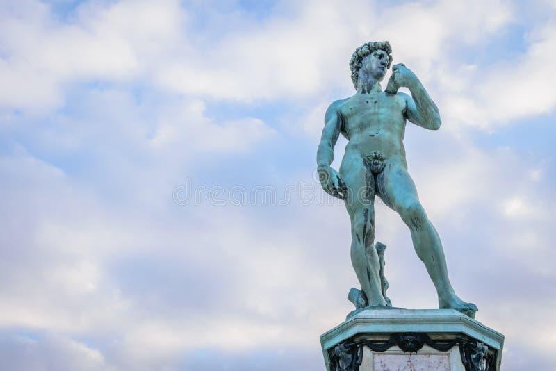 Экземпляр статуи Дэвида на квадрате Piazzale Микеланджело, Флоренция, стоковое изображение rf