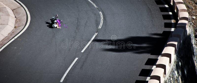 Download Экипаж девушек Longboard редакционное фотография. изображение насчитывающей актиния - 40589477