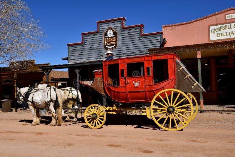 Экипаж и лошади в надгробной плите, Аризоне стоковое фото rf
