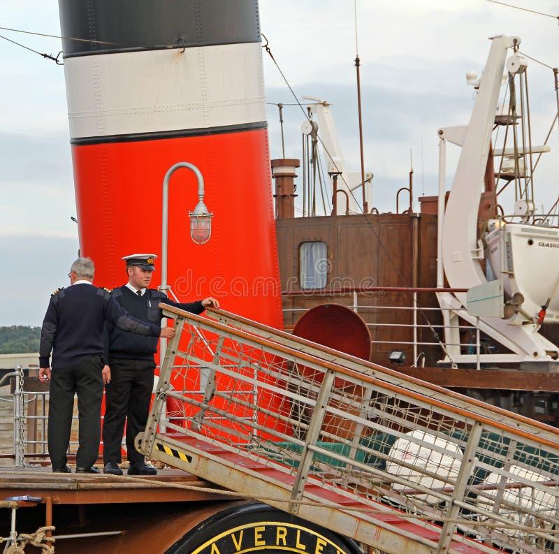 Экипаж корабля распаровщика затвора стоковое фото rf