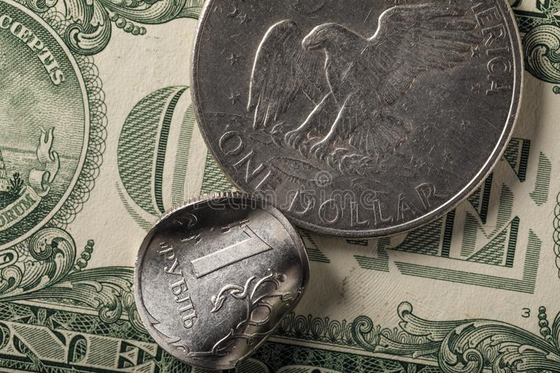 Экономика России шла вниз остро стоковые изображения rf