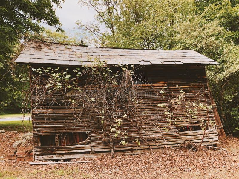 Экстерьер домов в деревне Millbrook стоковое изображение