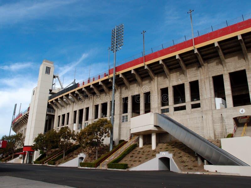 Экстерьер мемориального стадиона Колизея стоковое фото