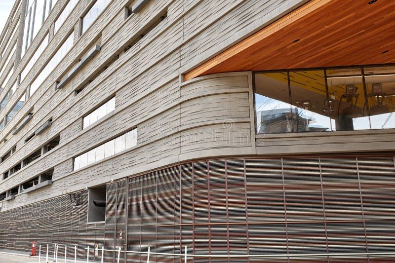 Экстерьер современного здания в городском Денвер, Колорадо стоковые фотографии rf