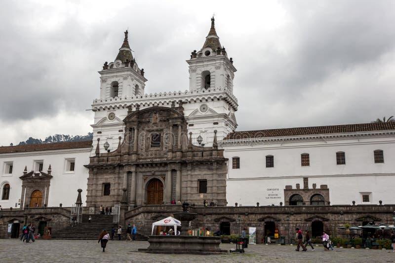 Экстерьер церков и монастыря Св.а Франциск Св. Франциск в Quiti в эквадоре стоковое изображение
