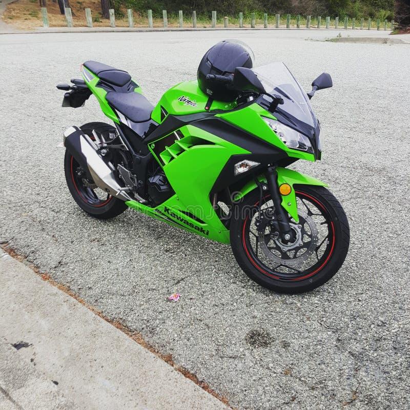 Экстренный выпуск Kawazaki Ninja 350 cc стоковые фотографии rf