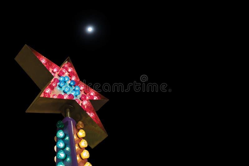 Электрическая лампочка звезды одна из концепций дела, одна звезда на nig иллюстрация штока