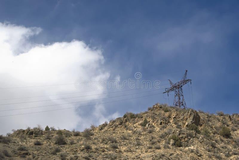 электрическая линия башня стоковая фотография
